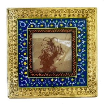"4x4"" Folk Art Painted/Metal Frame"