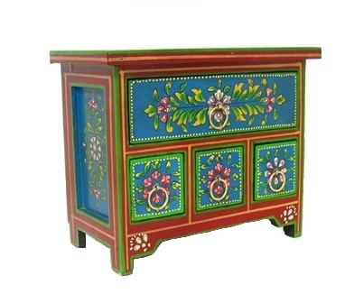 Folk Art Painted 4 Drawer Chest