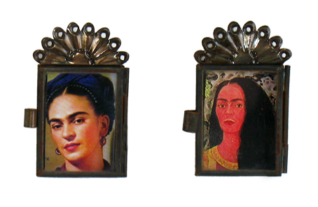 Magnet With Frida Image